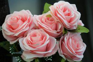 Jak zadbać o sztuczne kwiaty?